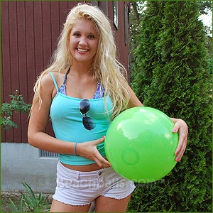 16'' Solid Lime Green Beach Balls