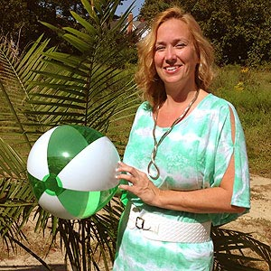 16'' Translucent Green & White Beach Balls