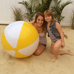 36'' Yellow & White Beach Balls